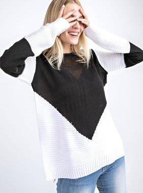 Black/White V-Print Sweater