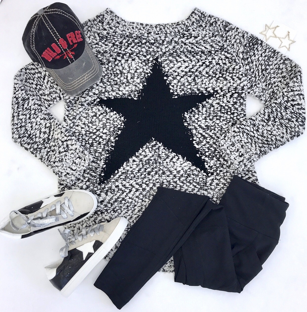 Black/White Popcorn Star Sweater