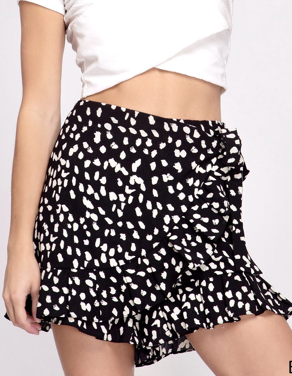 Black Ruffle Elastic Waist Shorts