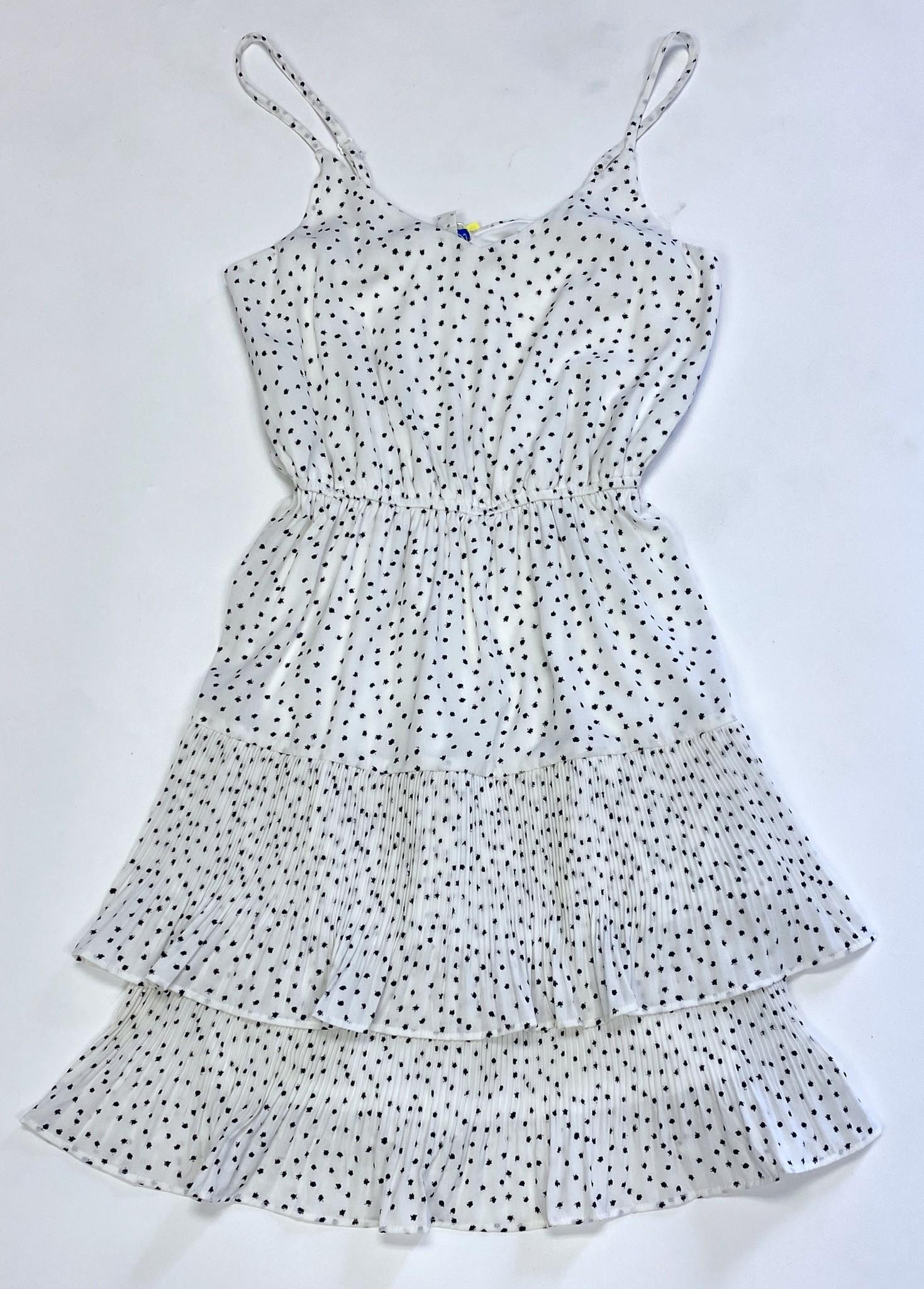 Off White Sleeveless Pleated Skirt Dress
