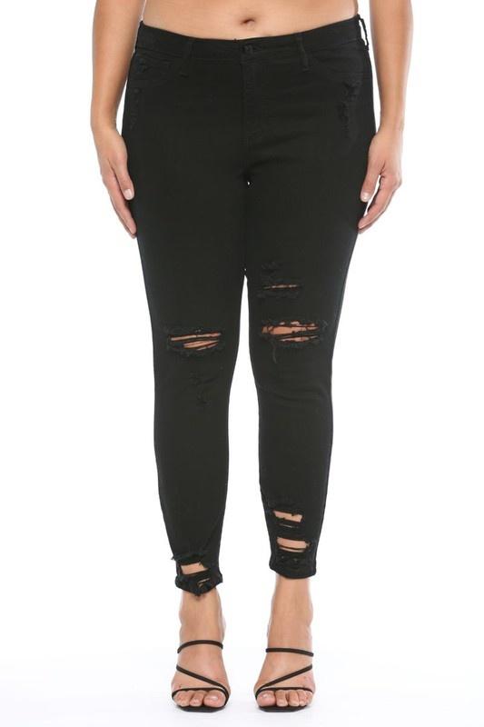 Plus Size Black destressed jeans