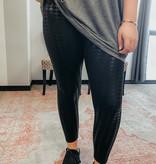 Black Houndstooth gloss legging