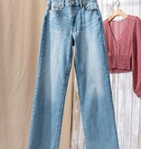 Wide Leg and Dreaming Denim Jeans