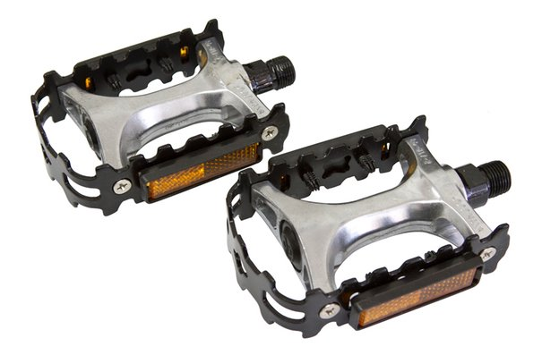 Generic Alloy/Steel Pedals - 9/16""