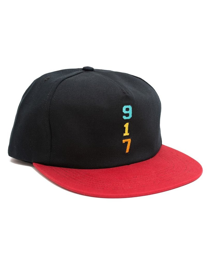 Call Me 917 Call Me 917 Gennys Hat (black/red)