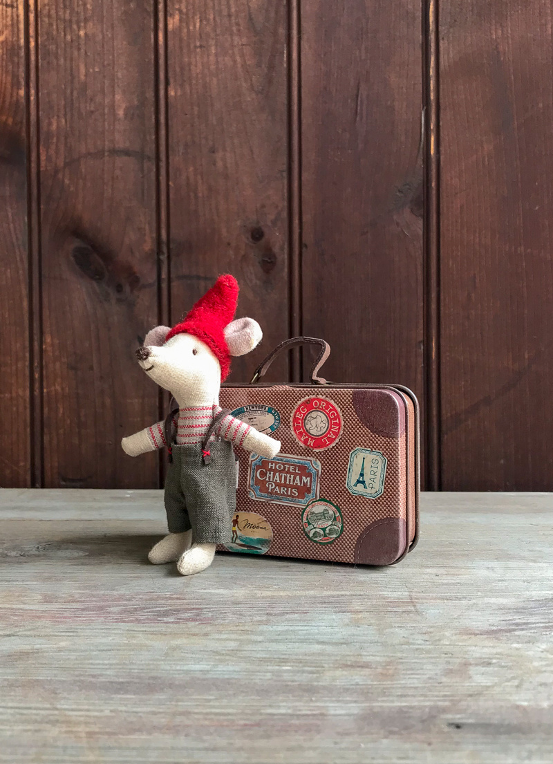 The Birch Store Travel Mouse in Suitcase