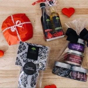 Sous les oliviers Surprise bag with love