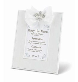 FANCY THAT FRAME White Striated Frame