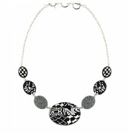 Cobblestone Necklace (silver) Black/White