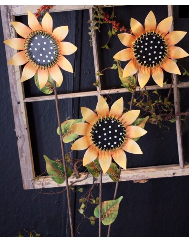 Round Top Collection Whimsical Sunflower Pike, tall