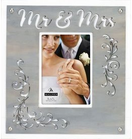 Malden Mr & Mrs Layer Frame