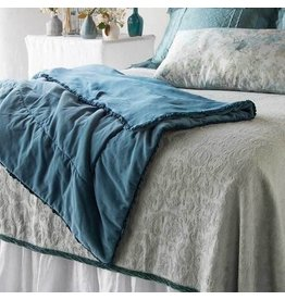 Helane Personal Comforter with Ruffle Midnight