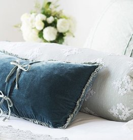 Helane Kidney Throw Pillow with Ruffle Midnight