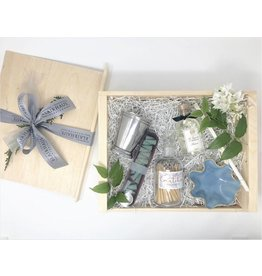 "Curated Gift Box ""Hostess"""