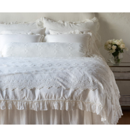 Olivia Bed Throw with Scalloped Edge