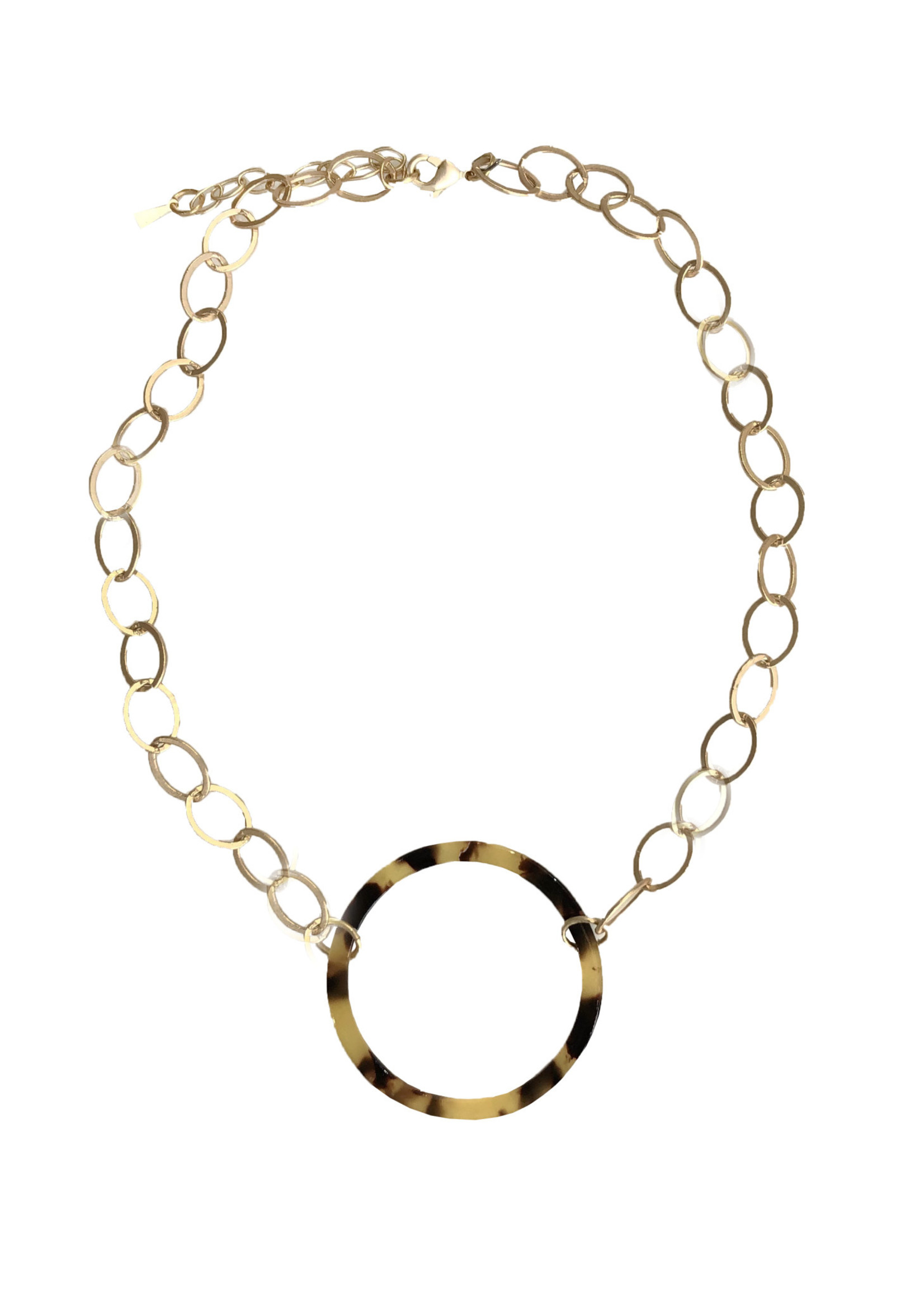 Tortoise Circle Kitzi Necklace