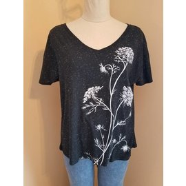 V Neck Top Queen Anne's Lace