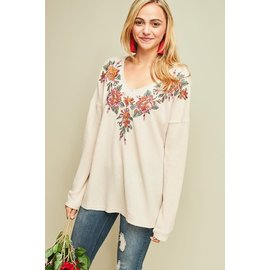 EMBROIDERED NECK WAFFLE TOP