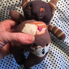 KAMALA DESIGNS LITTLE SOLES KITTY - CAT BREAD