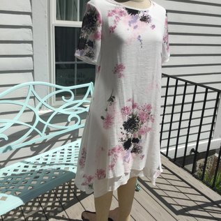 SALE! WHITE FLORAL LAYERED DRESS -  SMALL