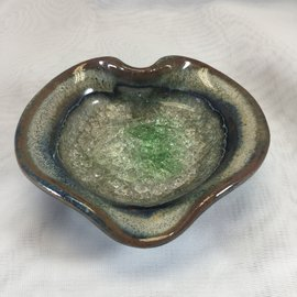 LITTLE POTTERY DISHES HEART Tan Green