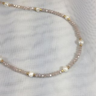 Crystal and Pearl Necklace Pink