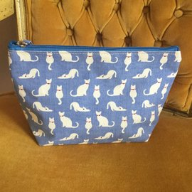 LARGE CATS BLUE COSMETIC BAG
