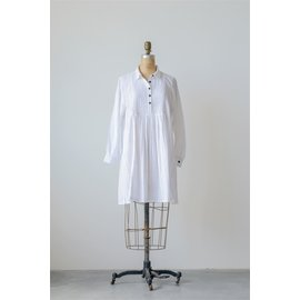 SALE WHITE DOBBY TUNIC- BLACK BUTTONS