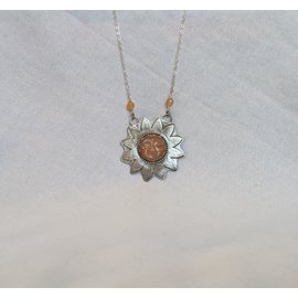 SEISMIC SILVER SUNFLOWER FACE PENDANT - PEACH MOONSTONE