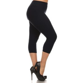Black Capri Plus Leggings