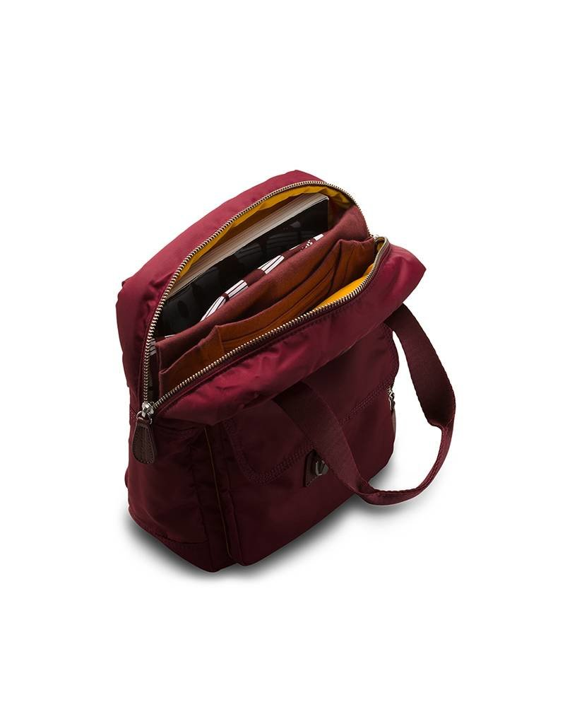 DR MARTENS Dr.Martens Small Backpack Cherry SAC8300039