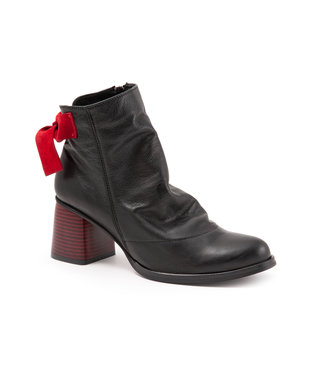 Bueno Bueno Norma Black & Red