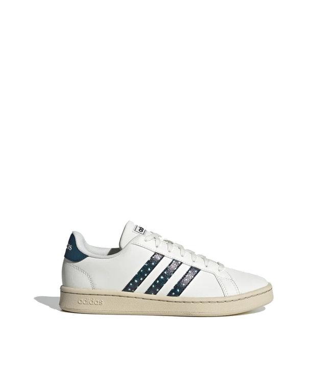 chaussures adidas femme grand court
