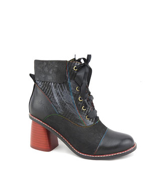 6825911A Black & Red