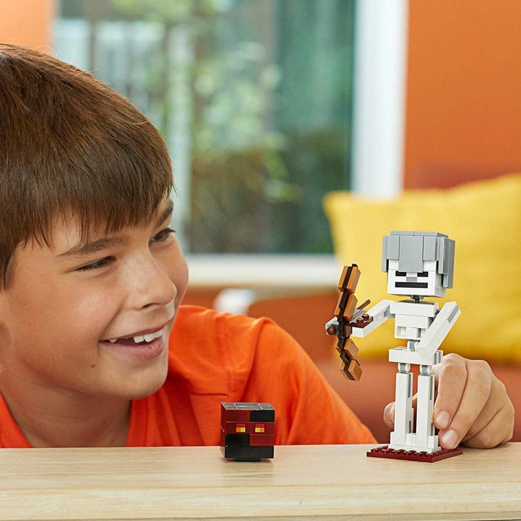 Lego Minecraft Skeleton Big Fig with Magma Cube