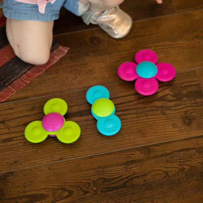 Fat Brain Toys Fat Brain Toys Squigz Whirly