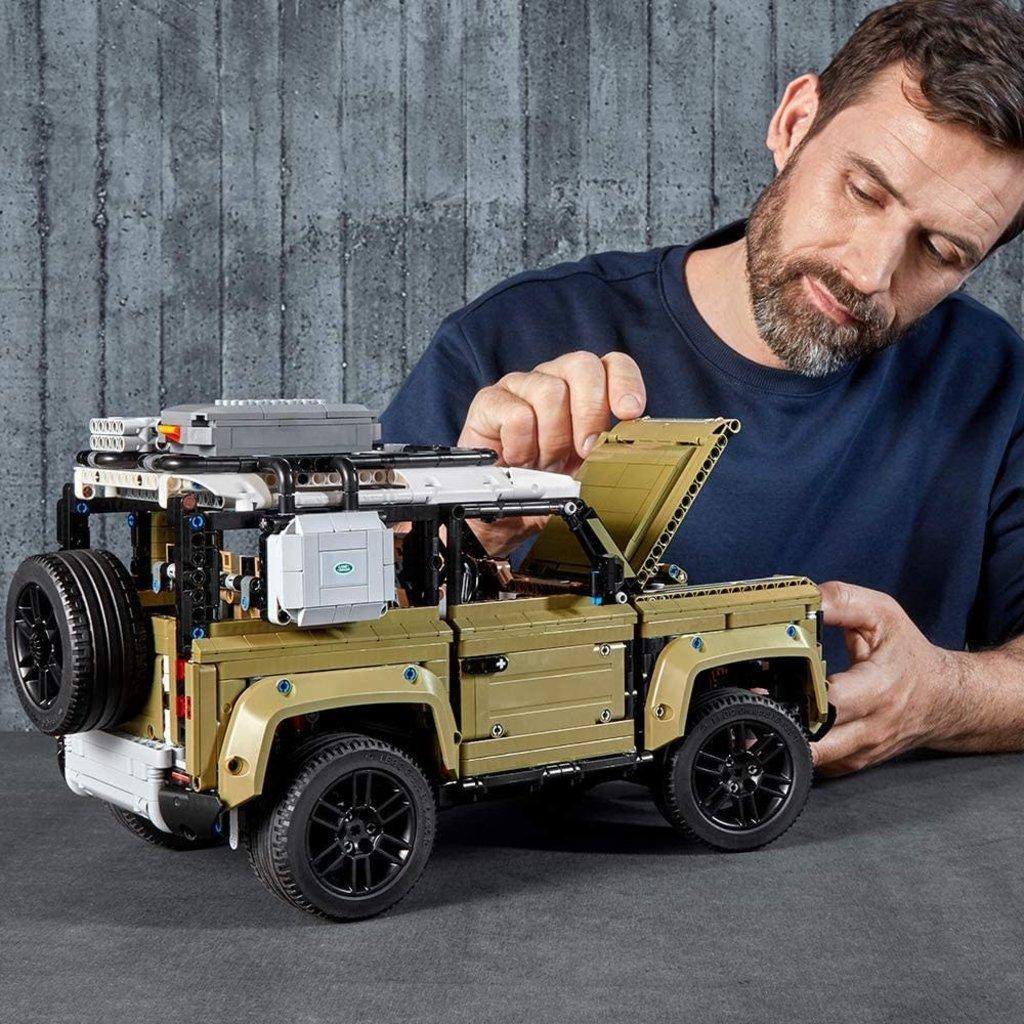 Lego Lego Technic Land Rover Defender
