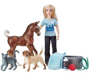 Breyer Freedom Series Pet Groomer
