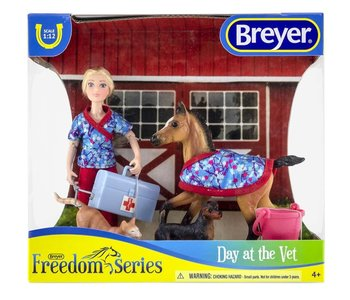 Breyer Freedom Series Day at the Vet