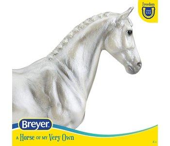 Breyer Freedom Series Horse Perly Grey Trakehner