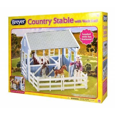 Breyer Breyer Freedom Series Country Stable with Wash Stall