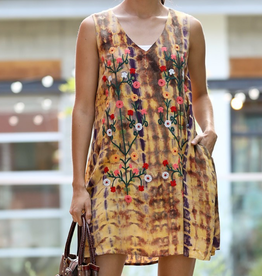 wonderland sleevless dress w embr