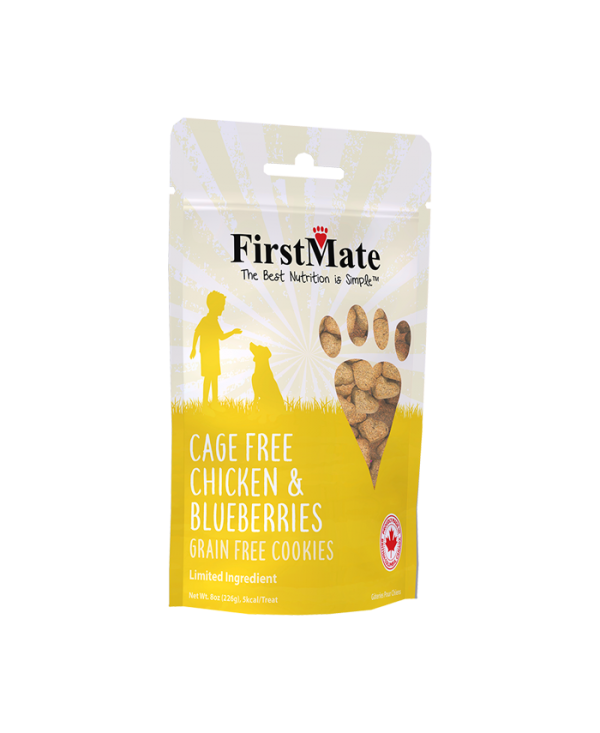 FirstMate FirstMate Cage Free Chicken & Blueberry Hearts Dog Treats 8oz