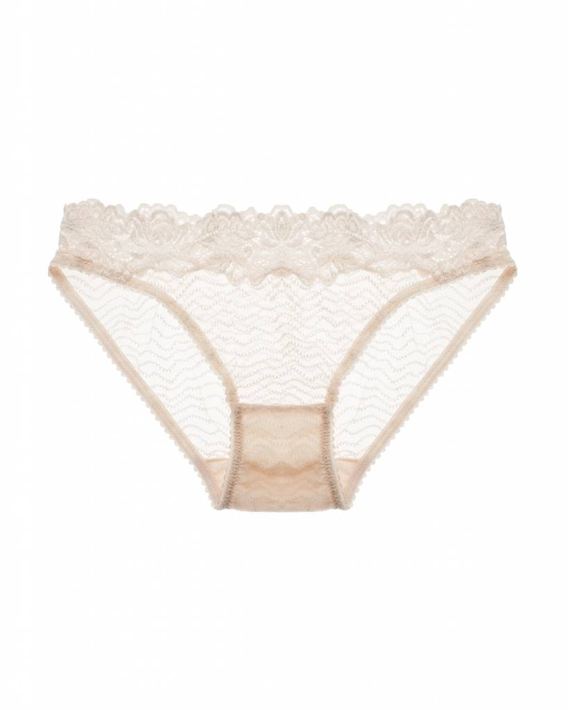 Lonely Bonnie brief