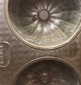 Muffin Tin, Vintage