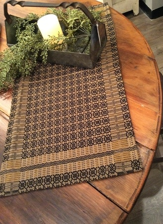"Pine Creek Traditions Richburg Weave Short Runner, 14"" x 32"" Tan/Black/Wheat"
