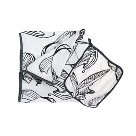 Nest Designs Fish White 4-Layer Nesting Blanket