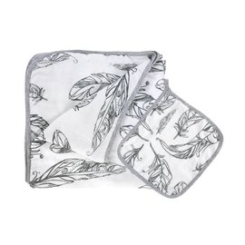 Nest Designs Feather White 4-Layer Nesting Blanket
