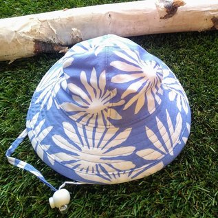Puffin Gear White Asters Sunbeam Hat