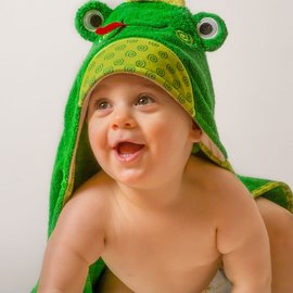 Zoochini Flippy the Frog Baby Towel